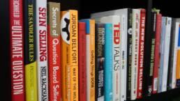 learnstash-reading-log-book-stack